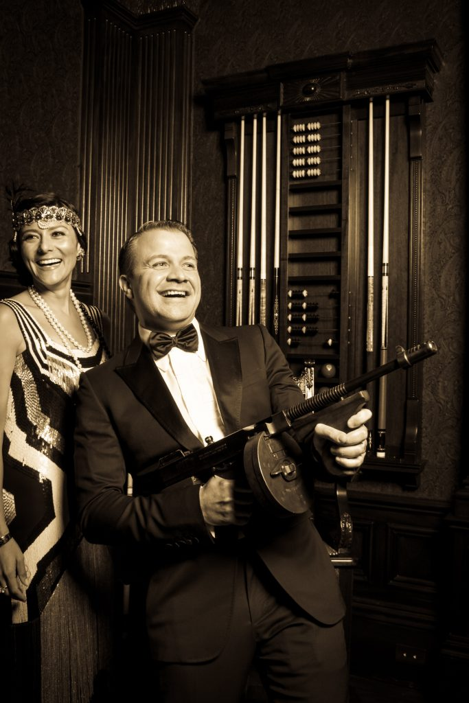 Stunning 1920's era holiday party with amazing props
