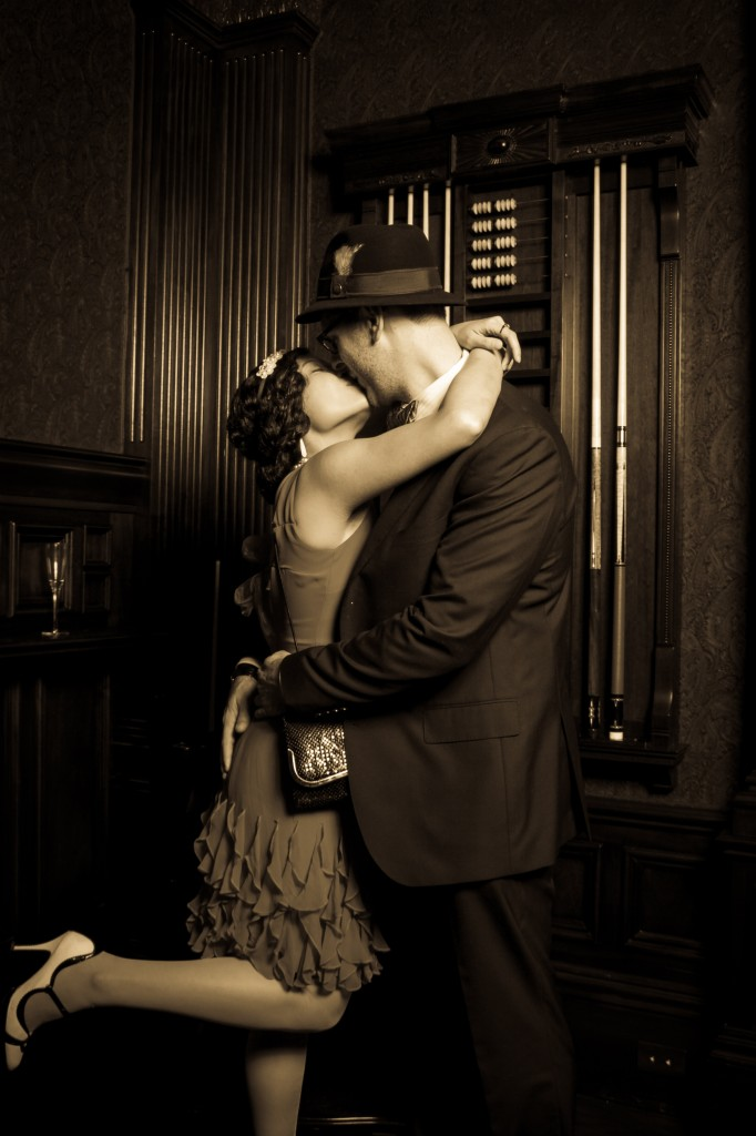 Stunning 1920's era holiday party