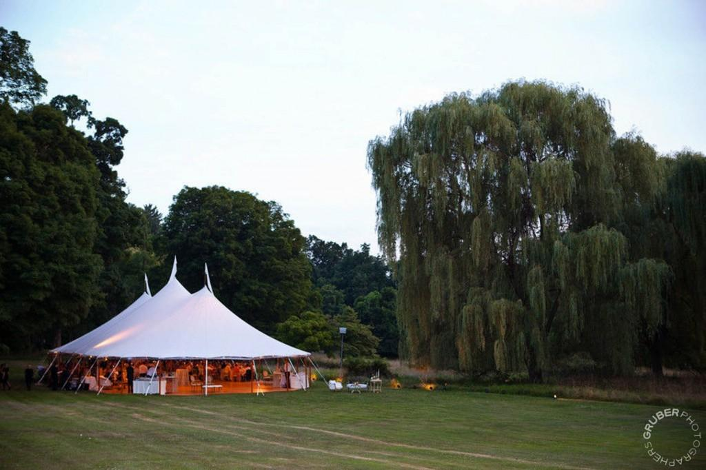 Wedding reception tents in New York