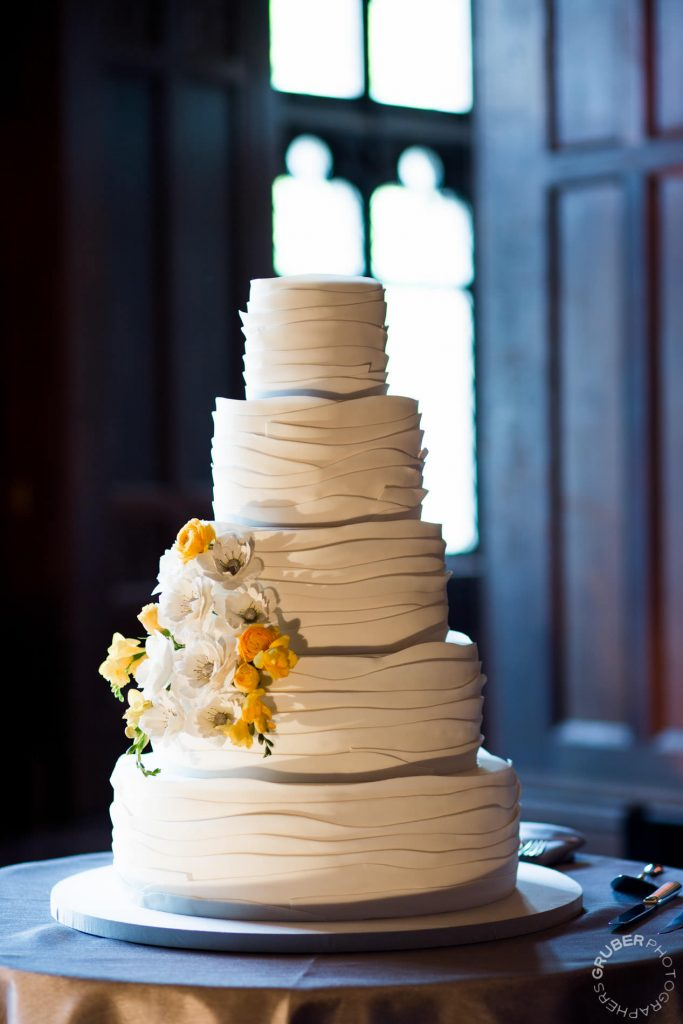 New York Wedding Cake