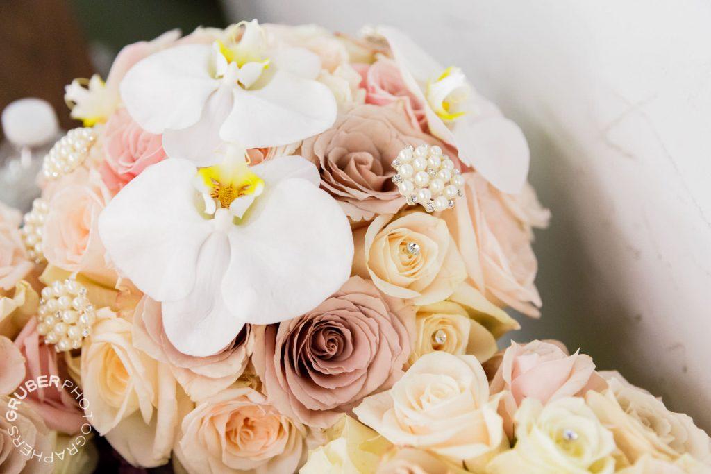 Classic, elegant bouquets